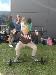images/faecher/sport/gesundheitswoche/gewichtheben_neu_500.jpg